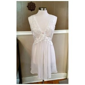 Delicates Sheer White Lace Chemise w/Pink Rosebuds
